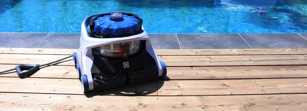 Le Robot nettoyeur Aquavac 650 est disponible dans votre agence Aquilus.